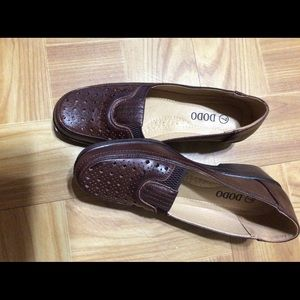 Brown Causal soft shoes
